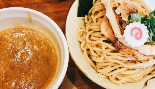 カップ麺の池袋狸穴。実店舗で濃厚煮干しつけ麺