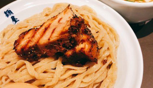 外国人も多く訪れる、並ぶつけ麺。麺屋武蔵虎嘯