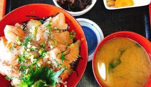千葉、富浦の物産館「とみうらマート」で海鮮丼