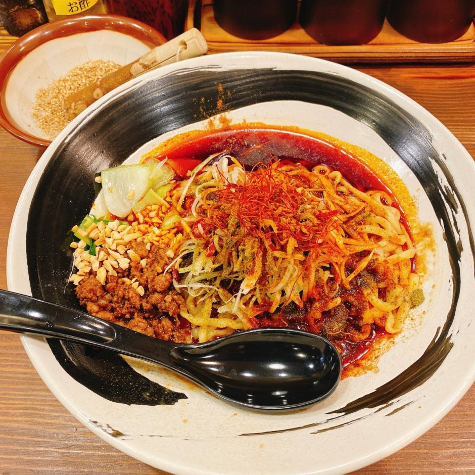 赤い鯨_汁なし担々麺