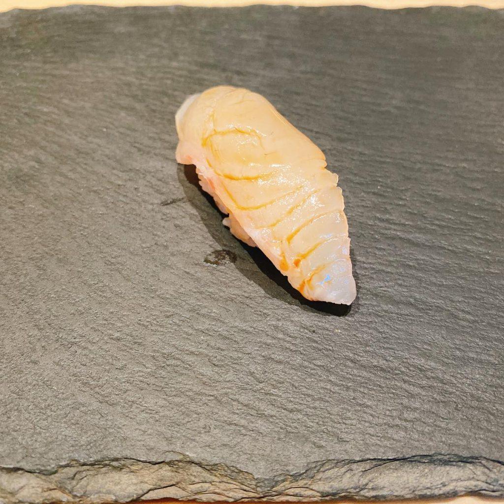 sushitokyoten_真鯛の桜締め