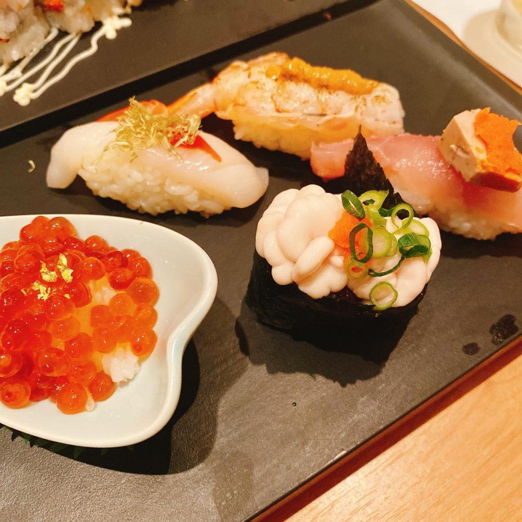 すしざんまい_寿司