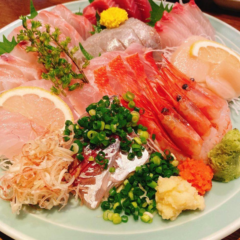 魚可津_刺身盛り合わせ