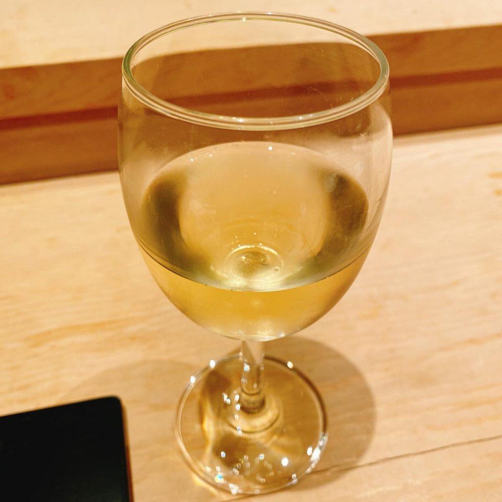 以とう_ワイン