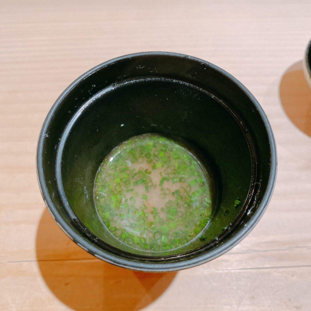 すし通_味噌汁